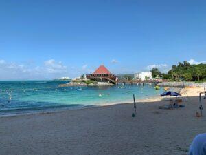 プライベートビーチも美しい!