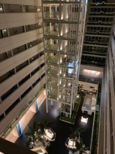 ルネッサンス・オキナワ・リゾートのエレベーター